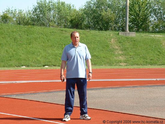 dohled nad vším mìl trenér Lubomír Oslizlo