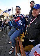Ondøej Nìmec sedící na postranici.